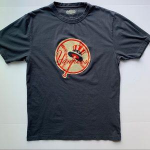 Large New York Yankees Red Jacket Shirt
